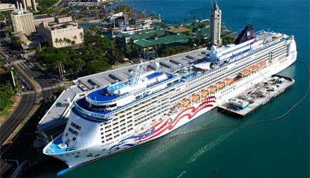Pride of America docked at Aloha Tower in Honolulu